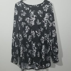 24/7 MAURICES Floral Slouchy Sweater